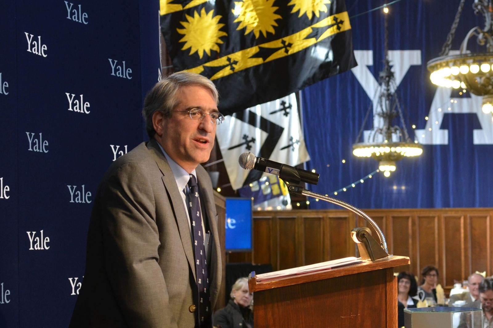 Information about the presidential search committee | YaleNews